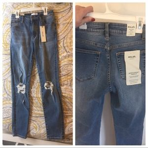 NWT Rolla's westcoast ripped skinny jeans